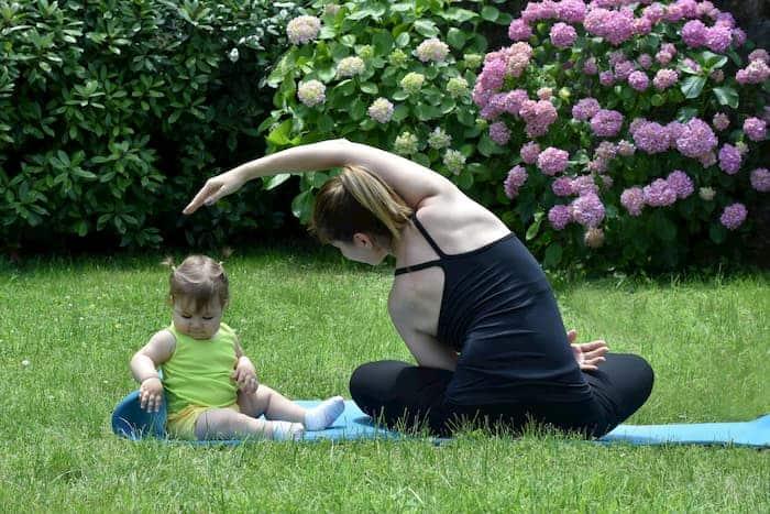 Bahçede Yoga