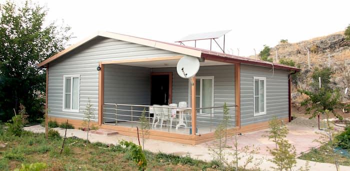 Prefabrik Köy Evi