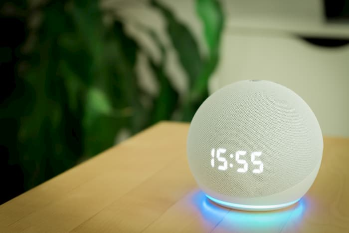 Amazon Echo Dot Akıllı Ev Asistanı