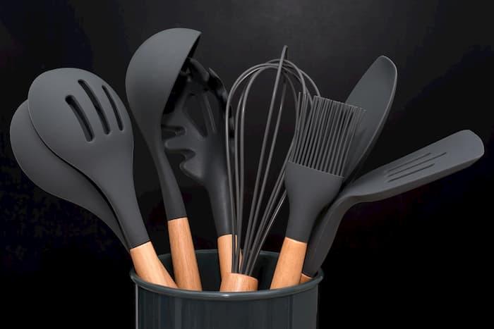 Siyah Silikon Mutfak Gereçleri