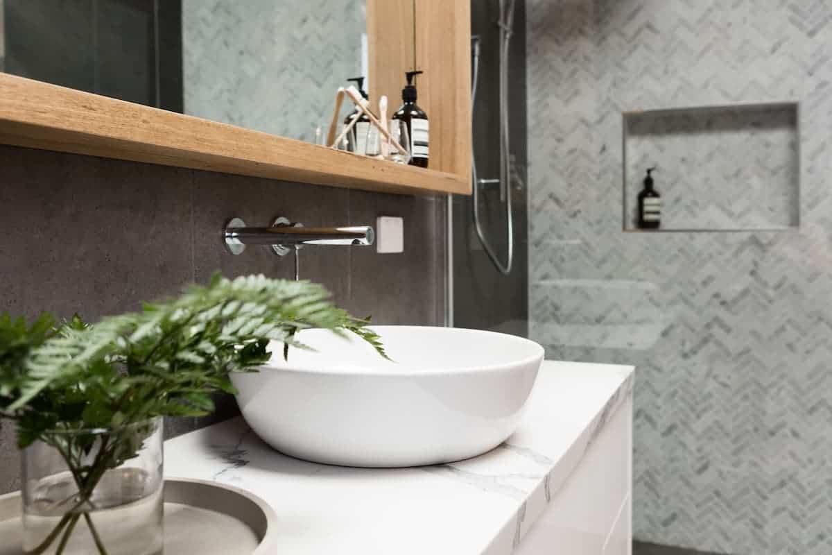 Banyo Lavabo Dekorasyonu