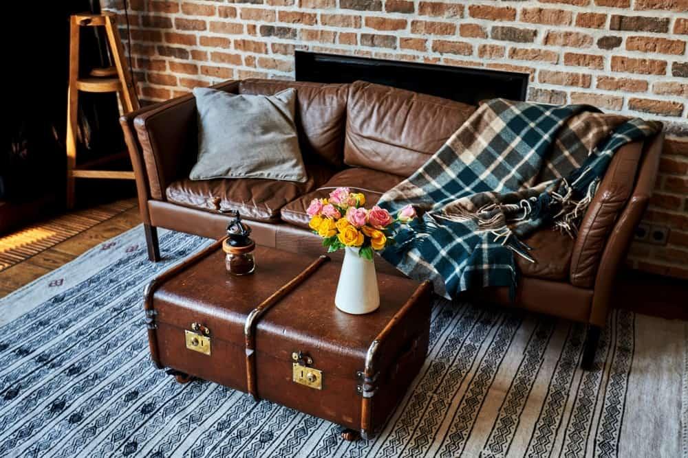 Bavul Görünümlü Sehpa