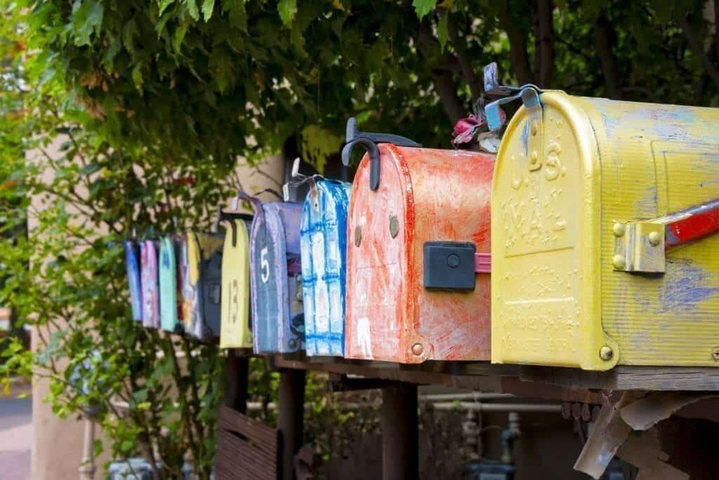 Renkli Posta Kutuları