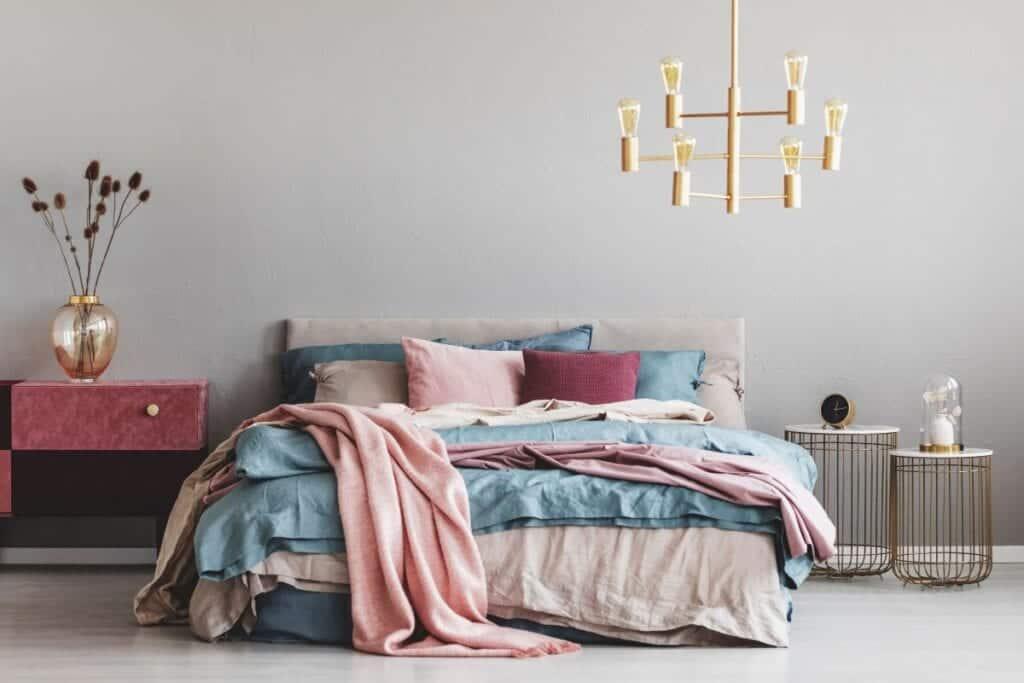 Tarzı ile Göz Dolduran 22 Küçük Yatak Odası
