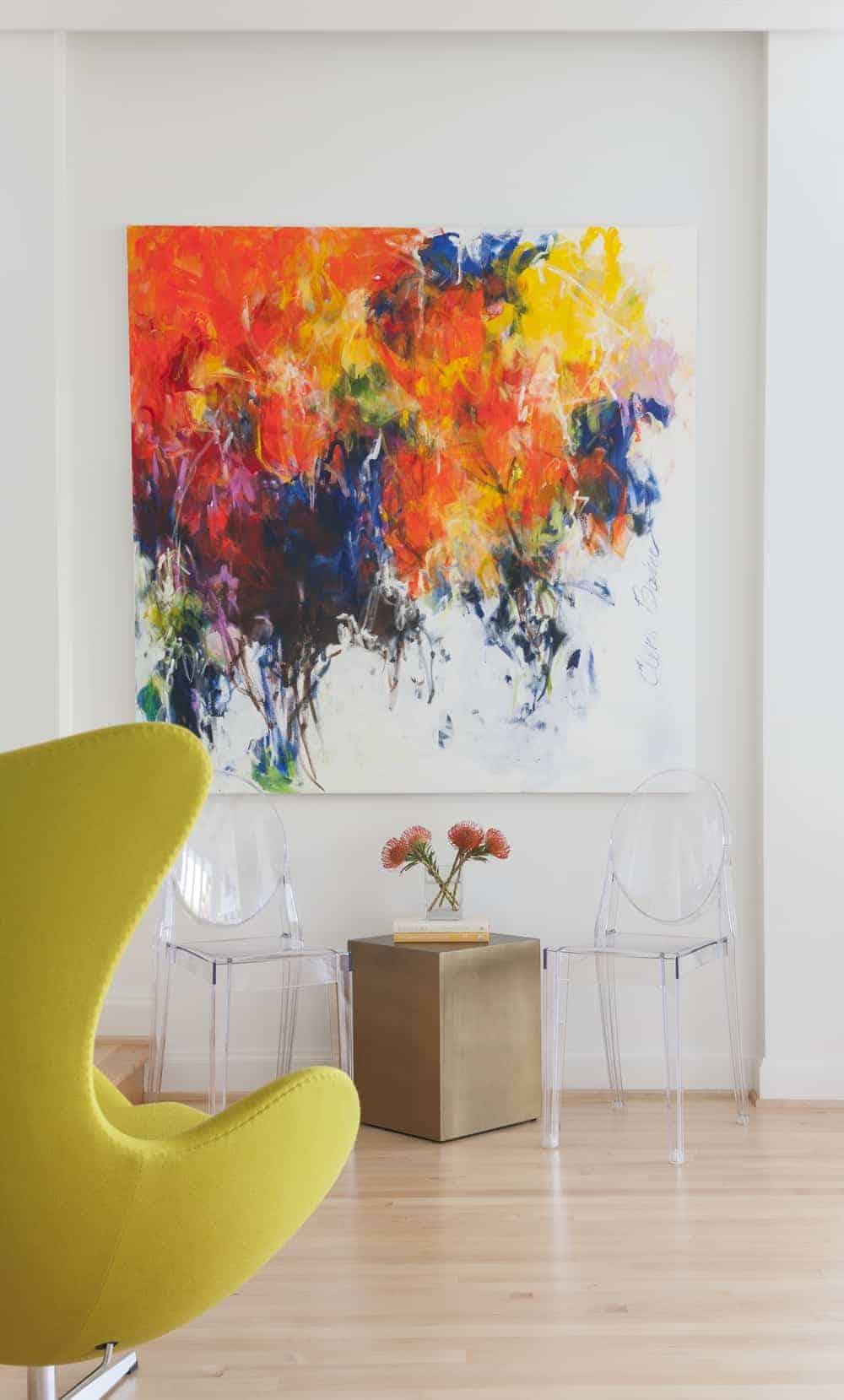 Capcanlı Renklere Sahip Ada Evi