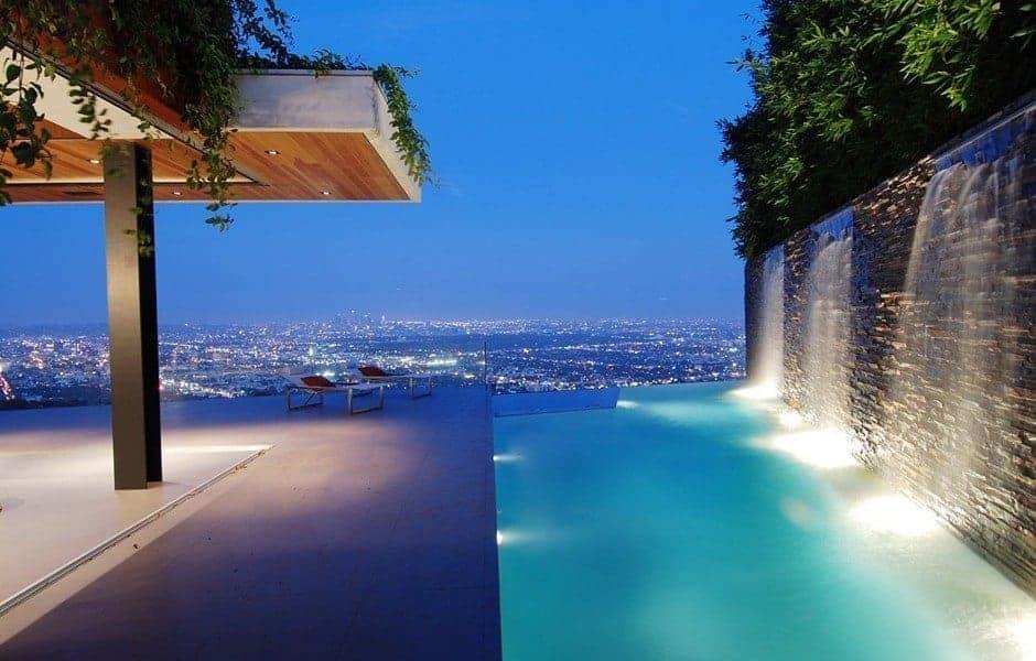 Modern Tarzlı Villa
